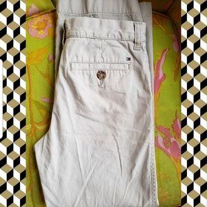 Tommy Hilfiger khaki pants. Boys size 16.